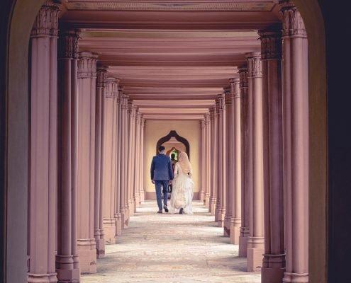 Schloss Schwetzingen - Moschee - Brautpaar - Hochzeitsfotografie - Tim Wullbrandt
